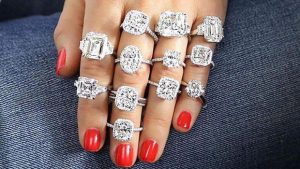 Buy The Best And Classic Diamond Bracelets From The Best Store